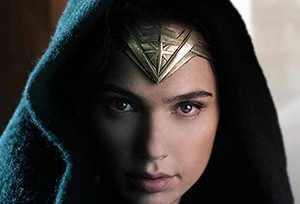 Wonder Woman Gal Gadot Is A Real Super Hero